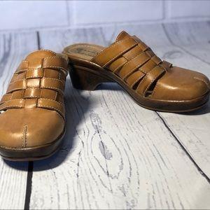 Dr Scholl's Brenna Leather Clog Sandals